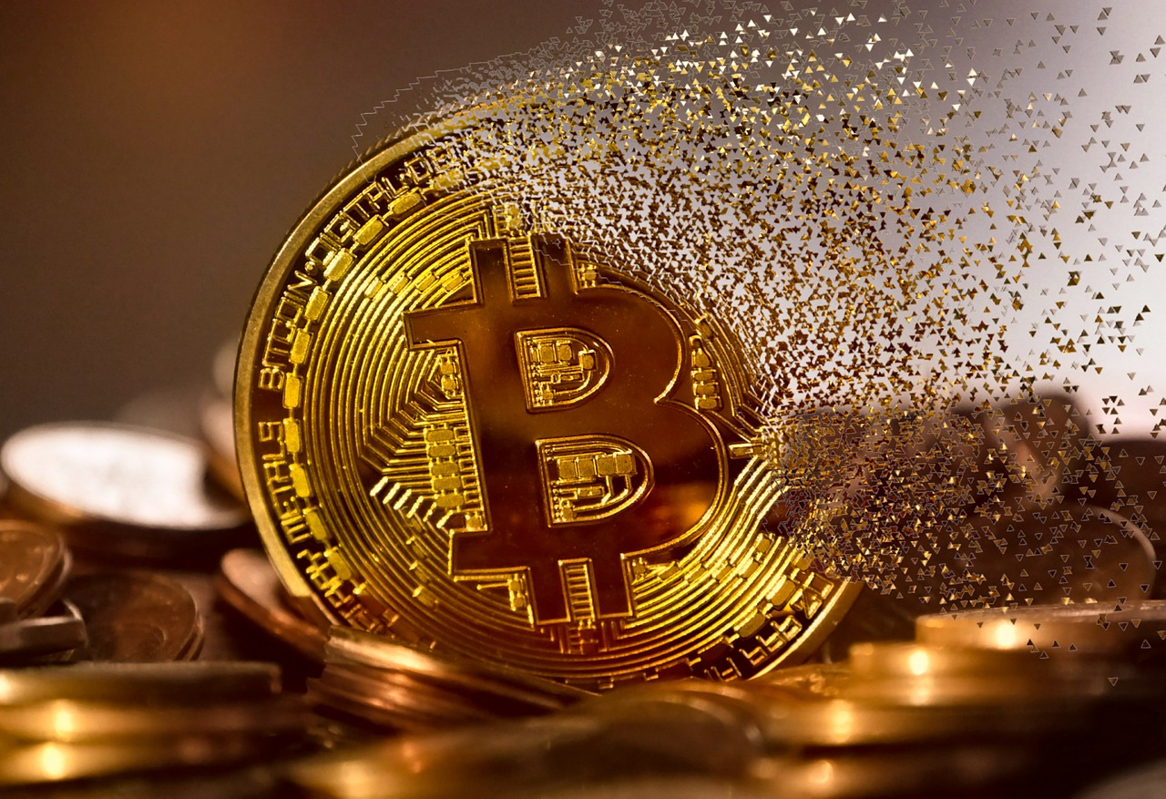 Assessing the possibility of Bitcoin falling to its 23 May swing low