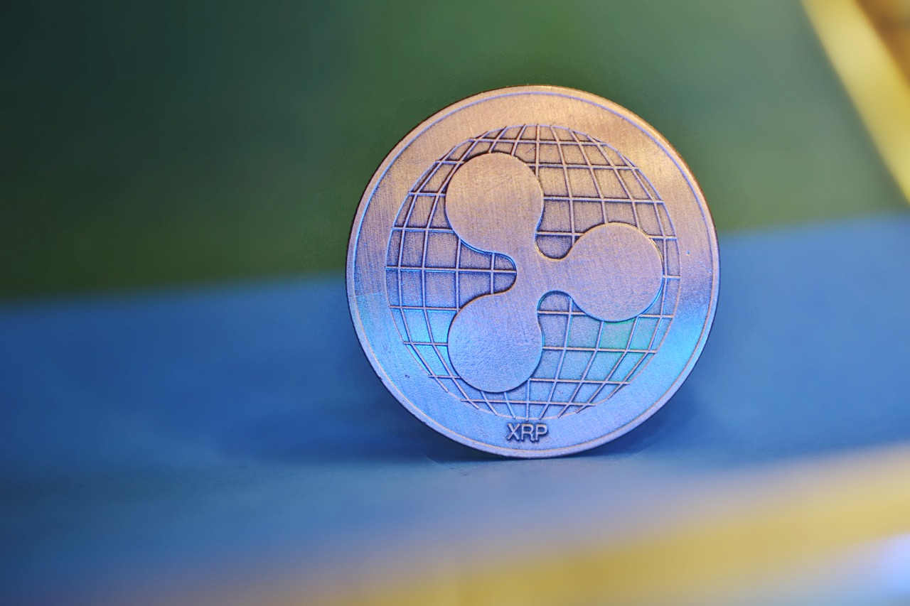 Is there a pattern to the former Ripple exec's XRP dumping