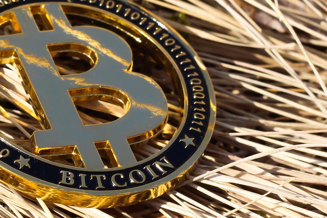 Analyst on Bitcoin: If there's any headline that's going to help push bitcoin…