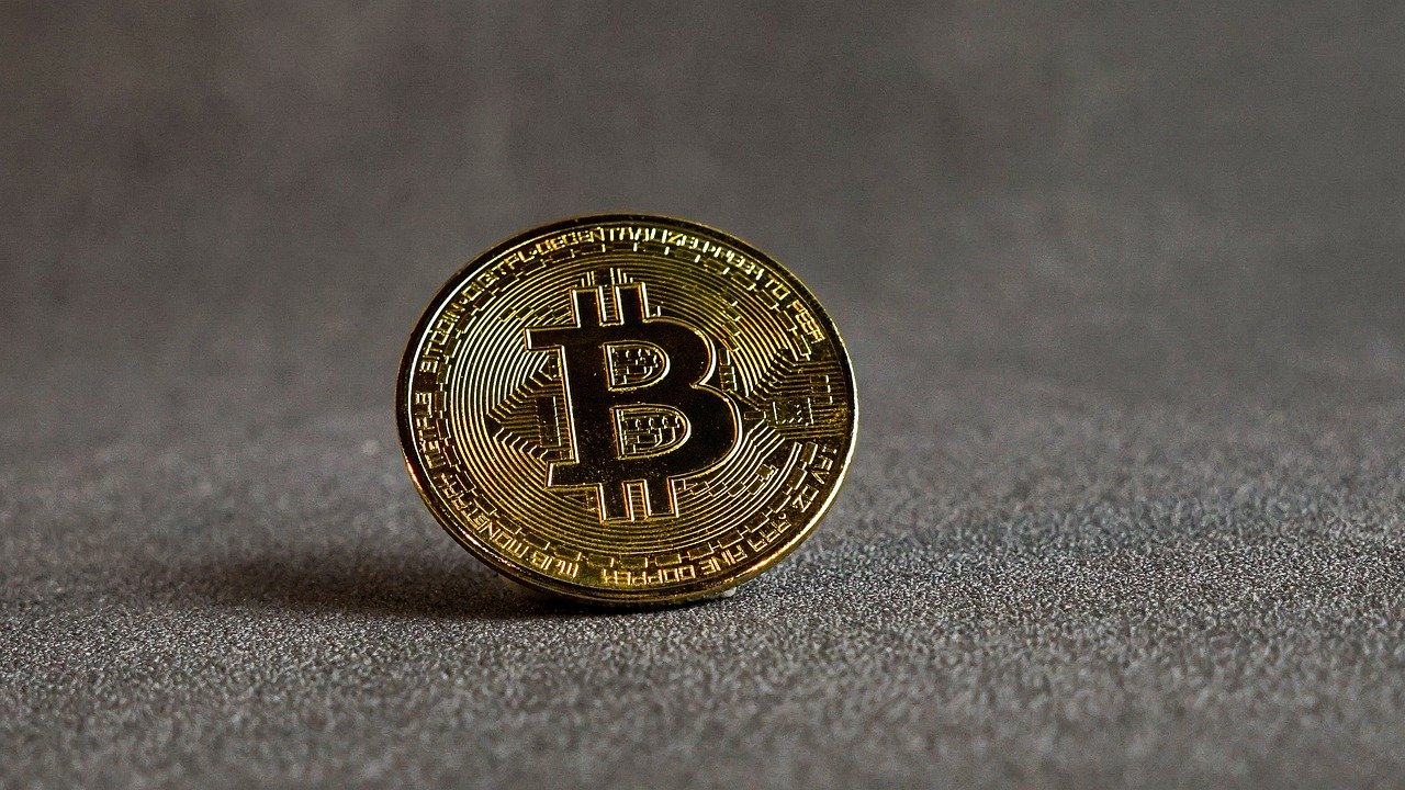 This awaits Bitcoin if its price fails to topple the daily 200-SMA