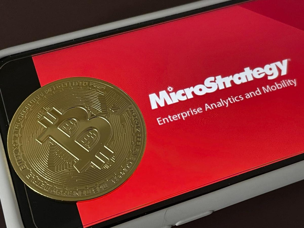 This offbeat 'strategy' might explain MicroStrategy's Bitcoin purchases