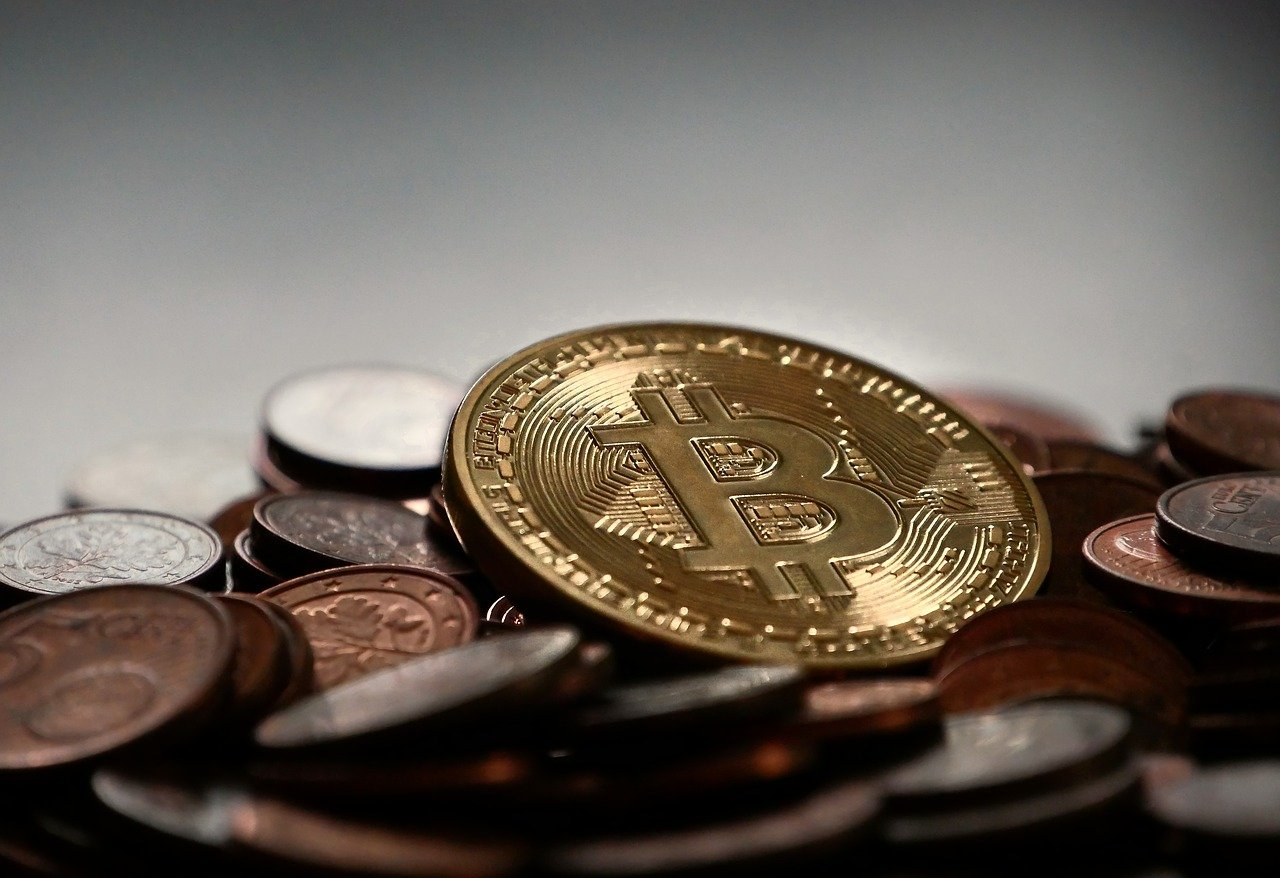 'Headless' Bitcoin has 'effectively replaced Gold' and it will only…