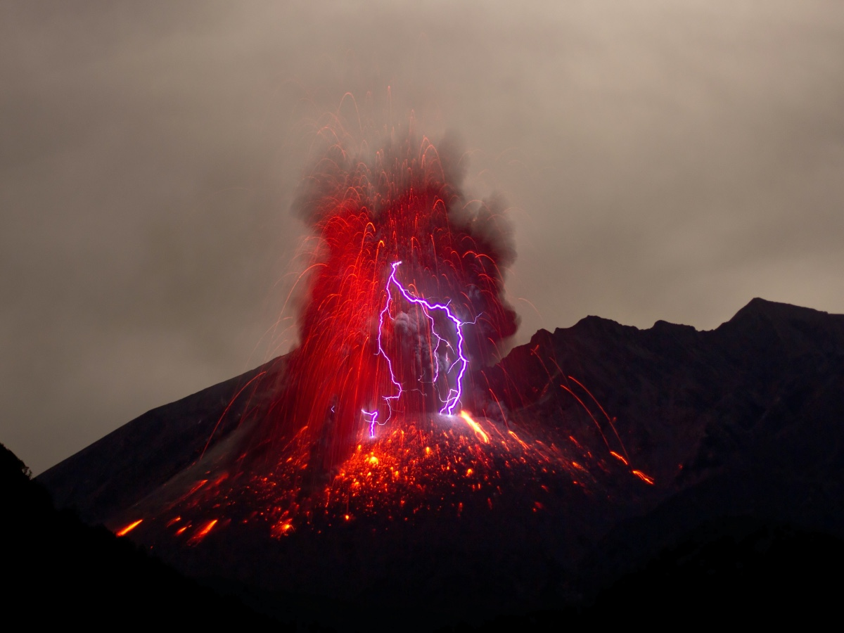 Volcanoes and Lightning: Here's how El Salvador is brewing up a storm