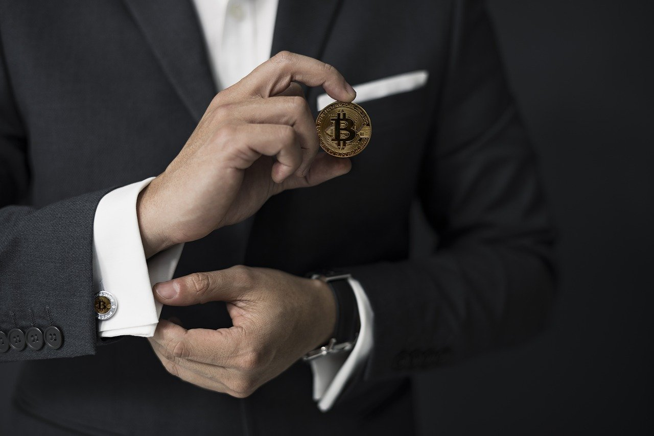 Ongoing Bitcoin craze could convert institutions into long-term HODLers